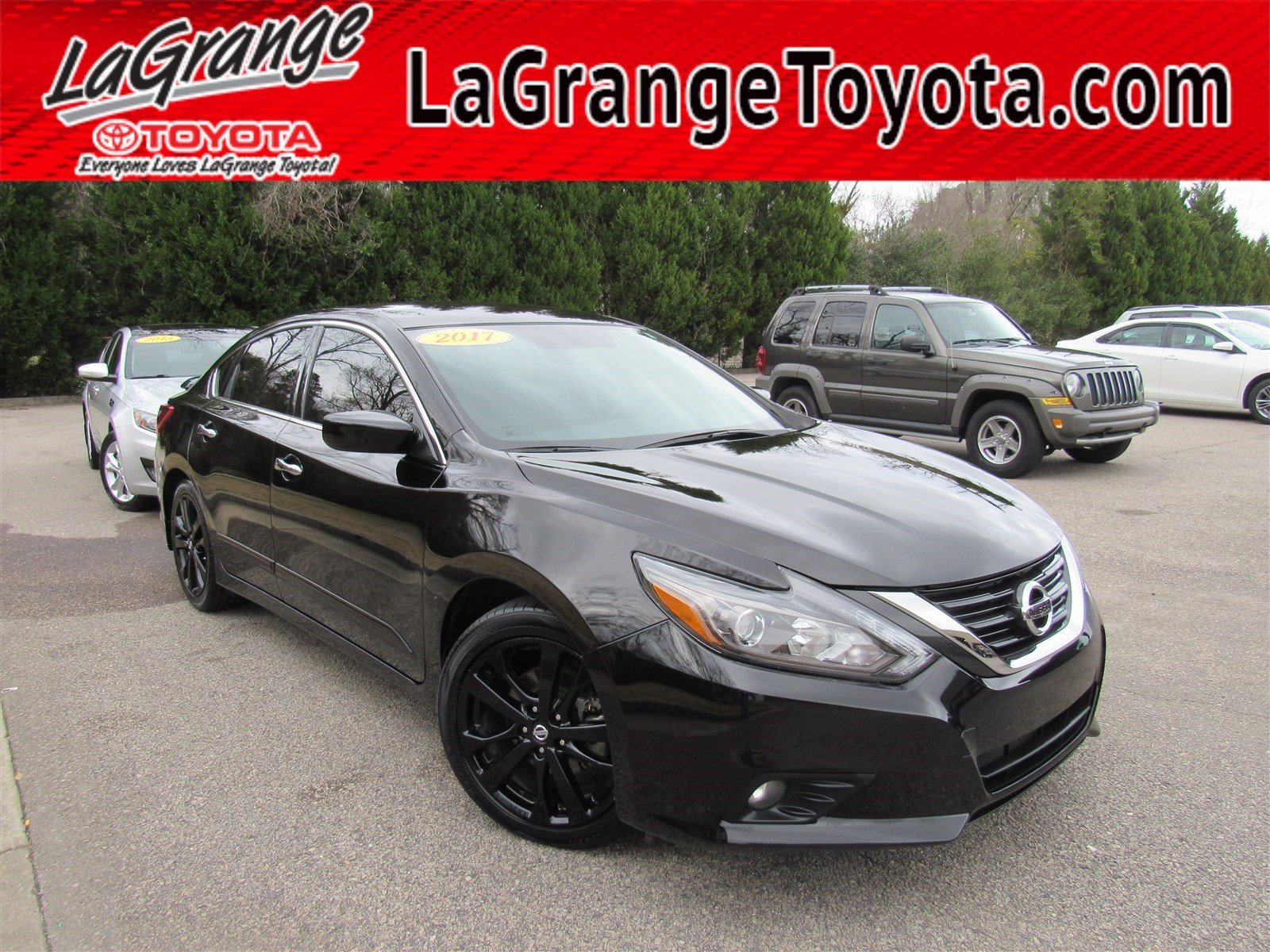 pre-owned 2017 nissan altima 2.5 sr sedan 4dr car in lagrange #p3876