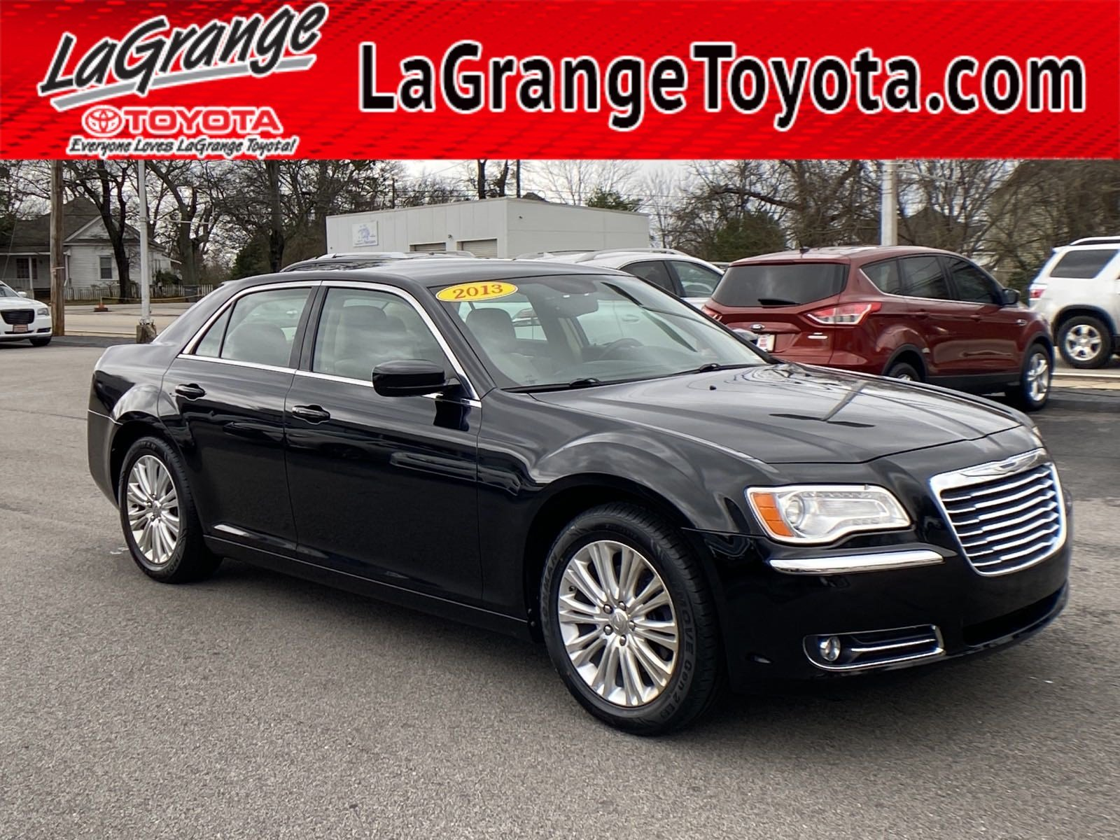 Pre-Owned 2013 Chrysler 300 4dr Sdn AWD