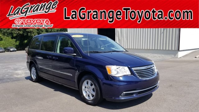 Pre-Owned 2013 Chrysler Town & Country 4dr Wgn Touring