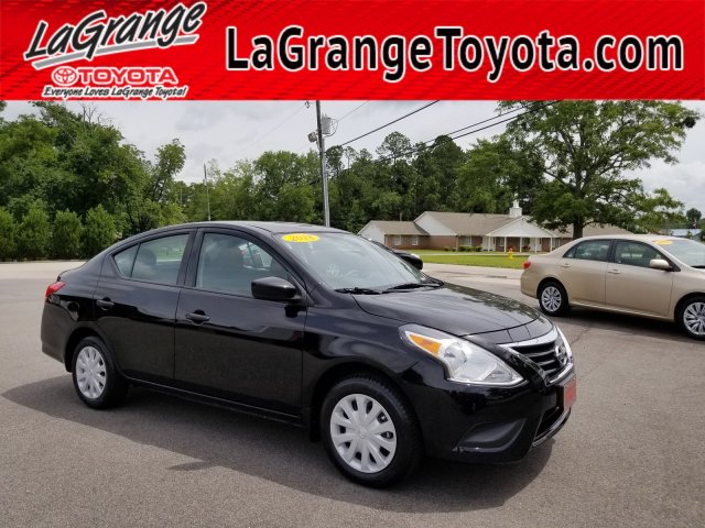 Pre-Owned 2018 Nissan Versa Sedan 2018.5 S Manual