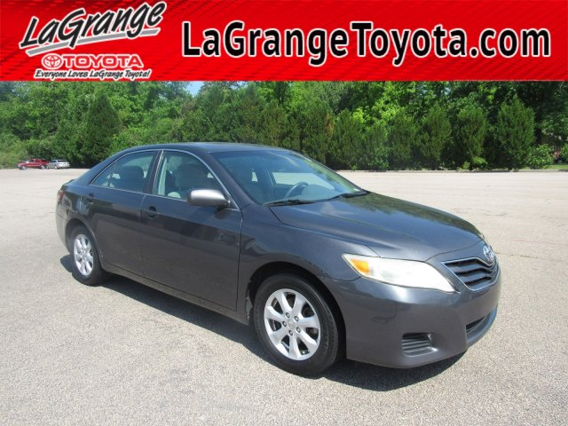 Pre-Owned 2010 Toyota Camry 4dr Sdn I4 Auto LE