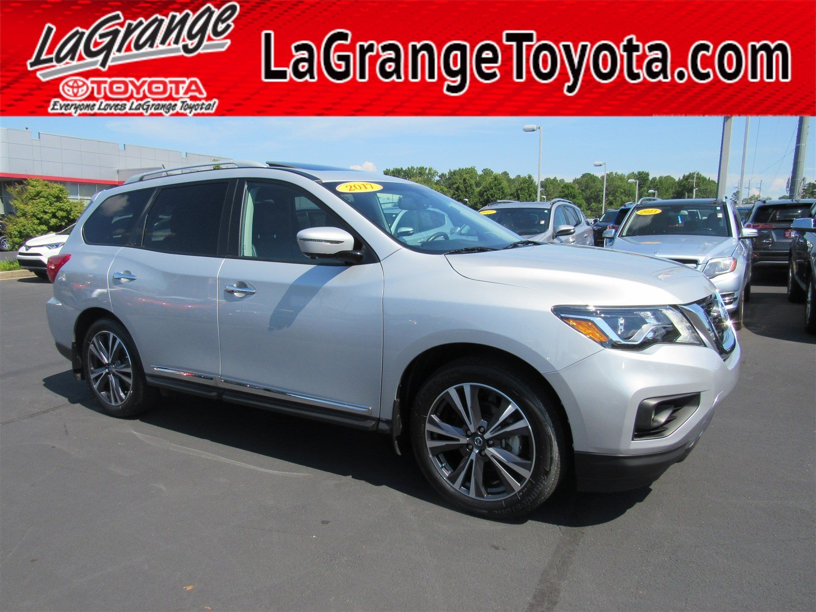 Pre Owned 2017 Nissan Pathfinder FWD Platinum SUV in LaGrange