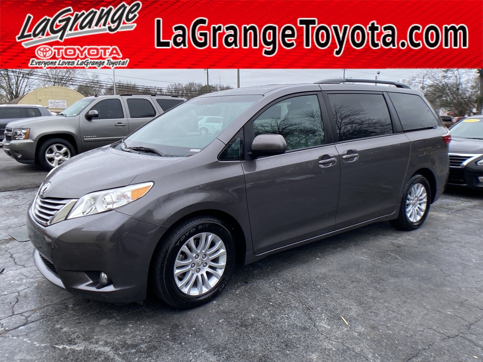 Pre-Owned 2015 Toyota Sienna 5dr 8-Pass Van XLE FWD (Natl)