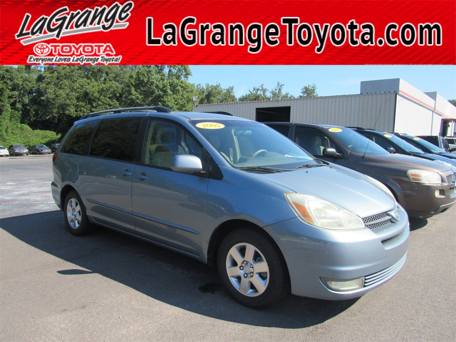 Pre-Owned 2005 Toyota Sienna 5dr XLE FWD 8-Passenger