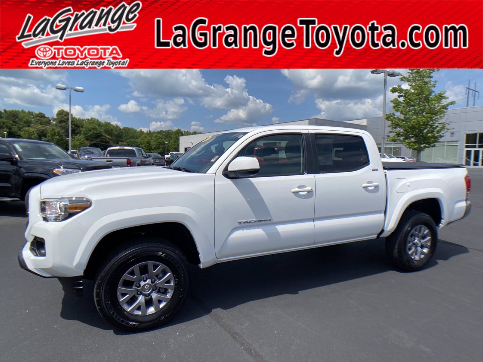 Pre-Owned 2017 Toyota Tacoma SR5 Double Cab 5' Bed V6 4x2 AT (Natl)