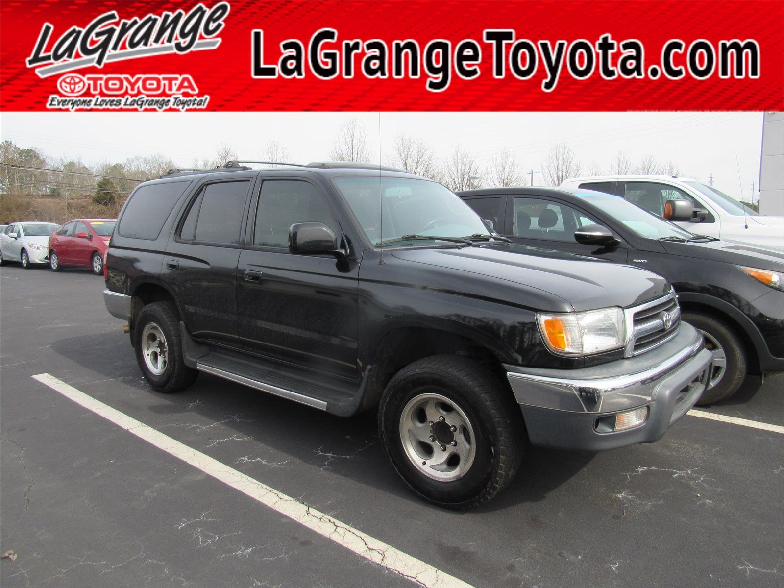 Pre-Owned 2000 Toyota 4Runner 4dr SR5 3.4L Auto
