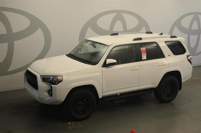 New 2019 Toyota 4Runner SR5 4WD XP Predator with Navigation