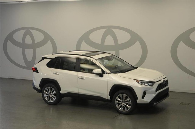 2019 Toyota Rav4 Shows New York Its All New Style