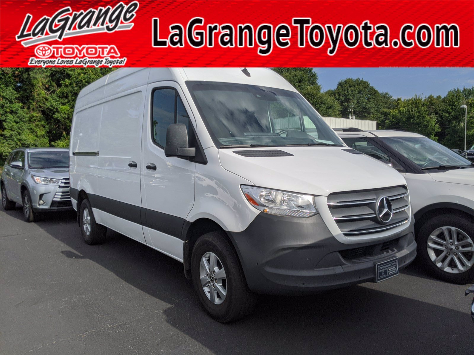 Pre-Owned 2019 Mercedes-Benz Sprinter Crew Van 2500 High Roof V6 144 RWD