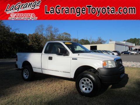 Pre-Owned 2005 Ford F-150 Reg Cab 145 XL 4WD