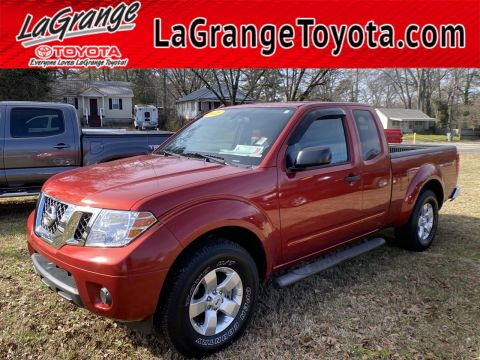 Pre-Owned 2012 Nissan Frontier 2WD King Cab V6 Auto SV