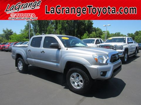Pre-Owned 2015 Toyota Tacoma 2WD Double Cab V6 AT PreRunner with Navigation