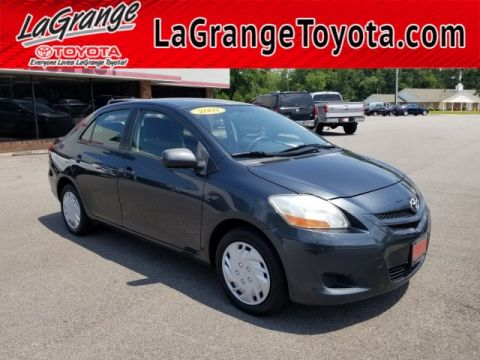 Pre-Owned 2007 Toyota Yaris 4dr Sdn Auto Base