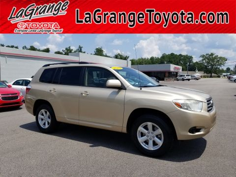 Pre-Owned 2009 Toyota Highlander FWD 4dr L4 Base